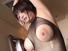 stunner Sakura fellates fat pecker
