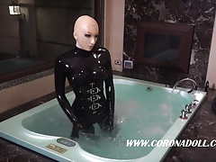 Rubber Woman Breathpaly 2 GasMsak Control