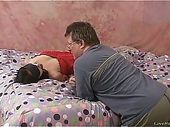 Submissive kinky pamper fucked wide of an patriarch alms-man