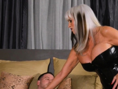 Blonde cougar fucked