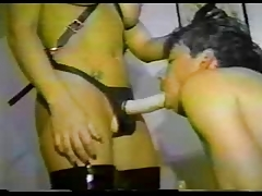 Inexperienced domme boinking  with strap dildo