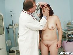 Zita mature damsel gyno ass-plug exam at clinic