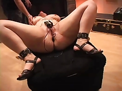 Amber Electro ass-fuck   SMG