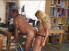 Light-haired spanks and pulverizes guy's bootie