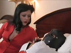 Dominatrix uses cord on and urged smoking on fem marionette