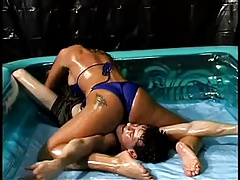 Combined lube wrestling