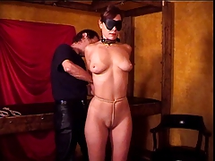 Phat mounds sweetie loves a BDSM session for her audition