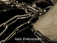chain  & leather fetish Lady Cheyenne de Muriel