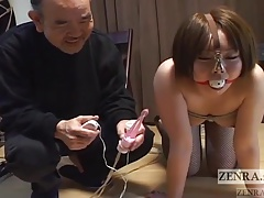 Bootylicious  dame with nose hooks meets red-hot paraffin wax Subtitled