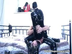 dude gets oral pleasure by ultra-kinky woman part3