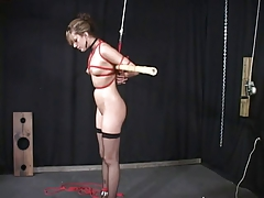 Slave tramp taunted and penalized