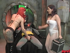GoGo Chicks VS Batman Female domination SUPERHEROINE  DANCING