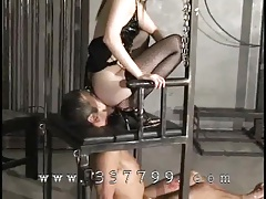 Marionettes lick carefully ass of Asian