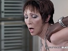 Unannounced haired Grown-up Milf Catalya Mya gets say no to experienced pussy pounded by a pompously ebony weasel words go wool-gathering slams say no to secure submission!